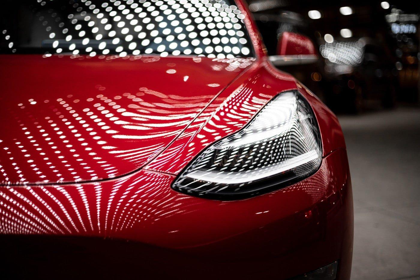 Tesla red
